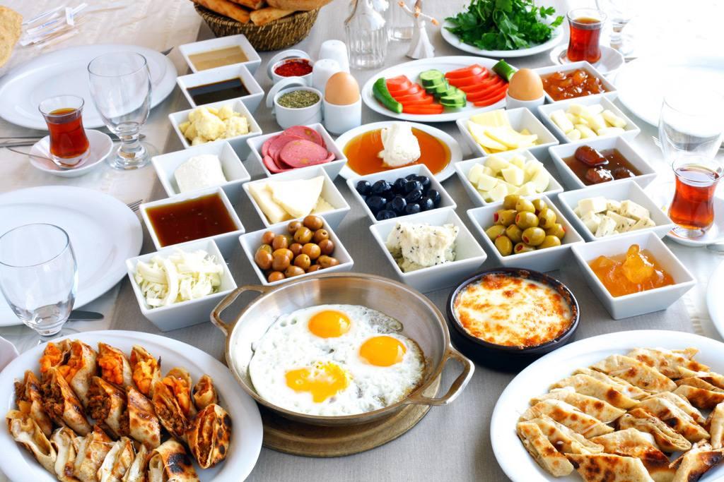 bodrumda-kahvaltı